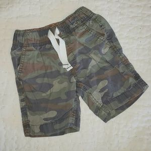 Carters camo pull-down shorts